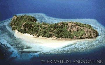 lagoon-island-fiji-1.jpg